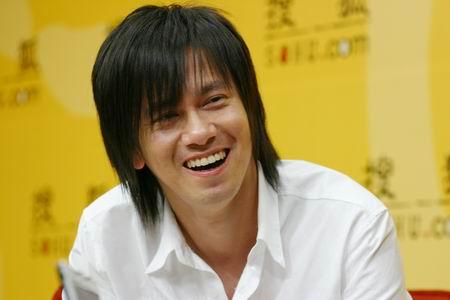 李聖傑 (李圣杰, Sam Lee, Lý Thánh Kiệt)